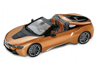 BMW i8 ROADSTER 1:18