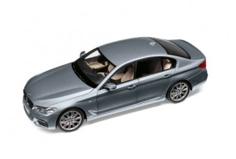 BMW 5-series (G30), Bluestone Metallic 1:18