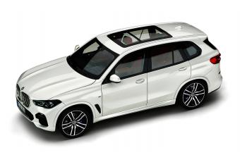 Модель BMW X5 G05 Apine White