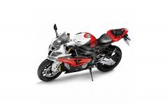 Модель мотоцикла BMW S 1000 RR.
