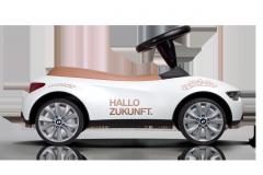 Дитячий автомобіль BMW Baby Racer III Ласкаво просимо в майбутнє!